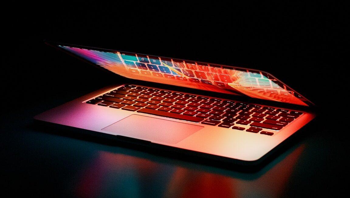 4 tips til at vælge den rigtige computer til dig