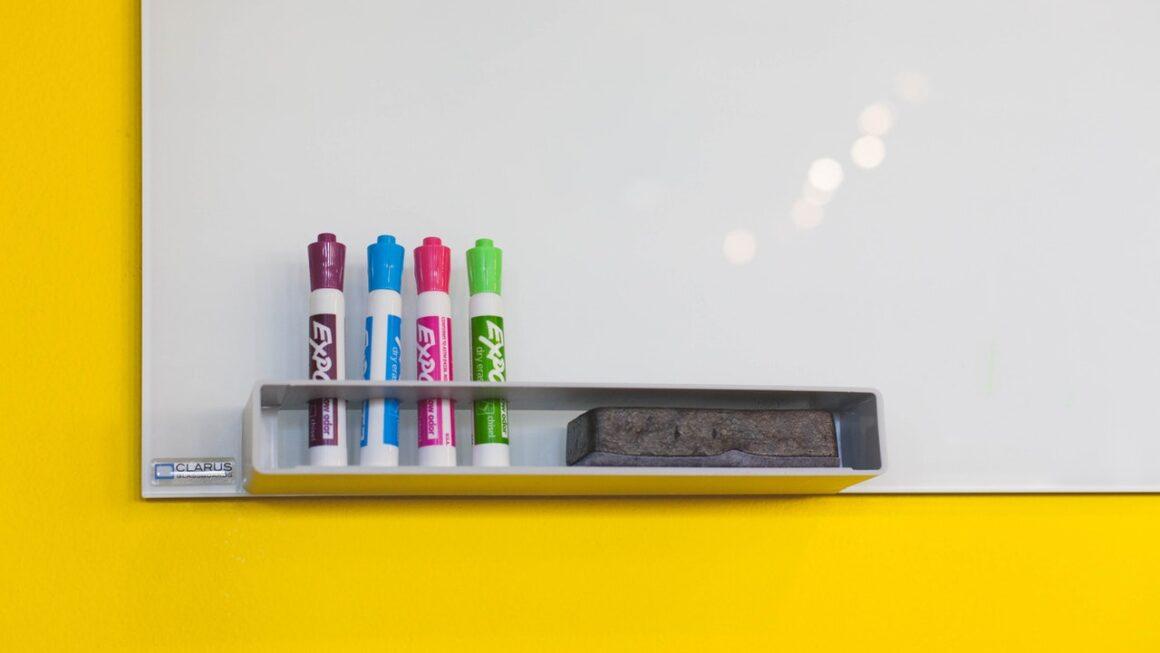 Hvor køber man whiteboard? Find dit whiteboard hos display.dk